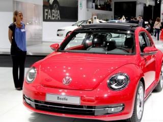 Hôtesse Mondial 2012 stand Volkswagen