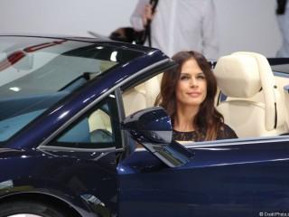 Hôtesse Mondial 2012 stand Lamborghini
